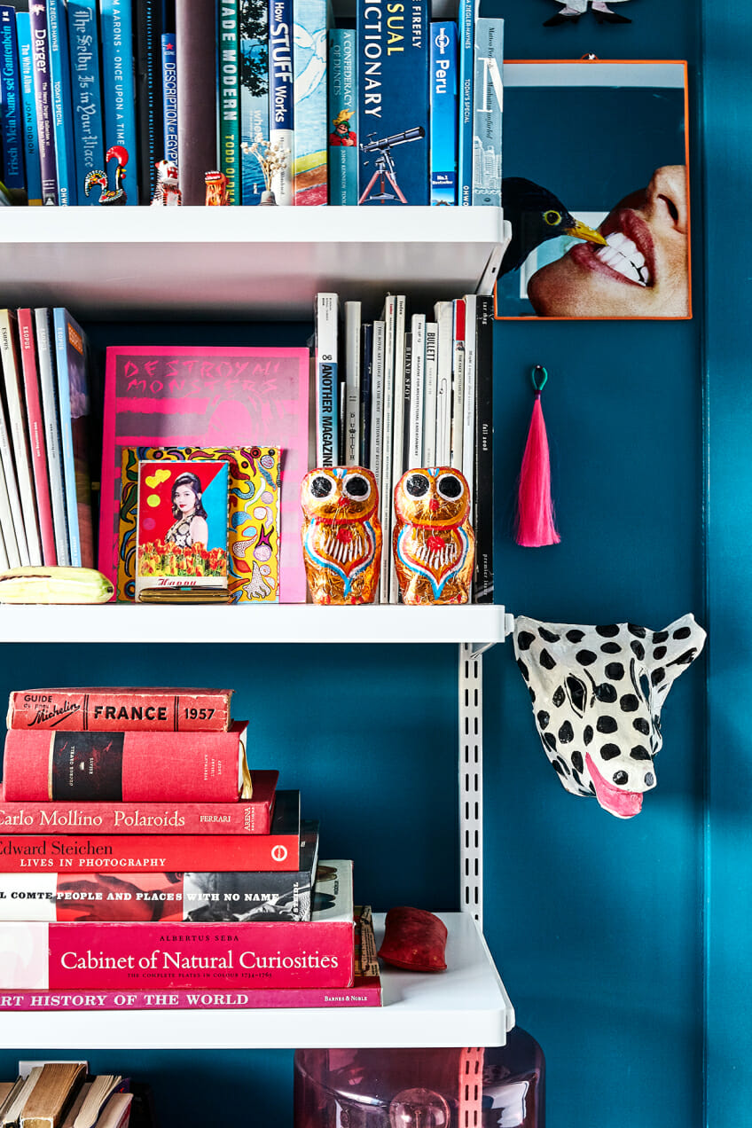 books shelf home decor