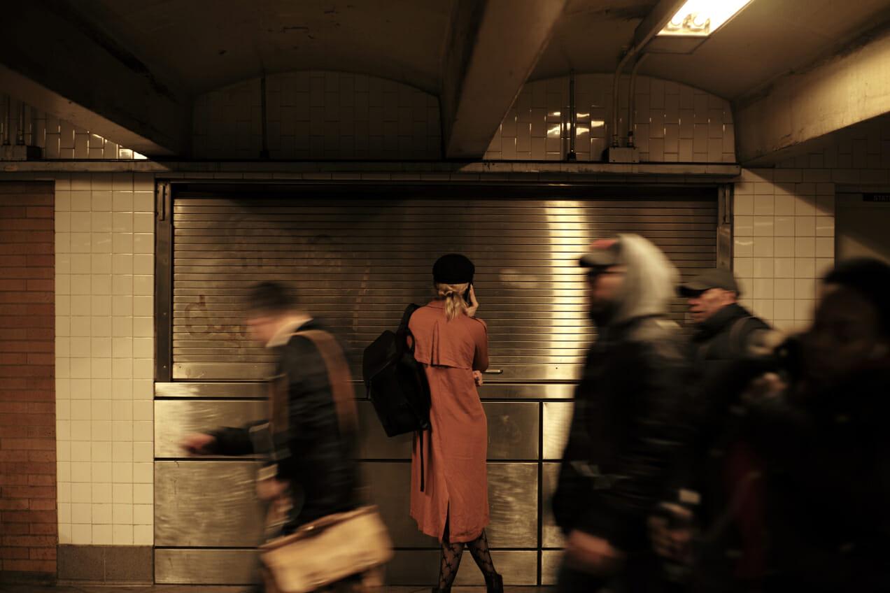 pierre crosby woman phone subway