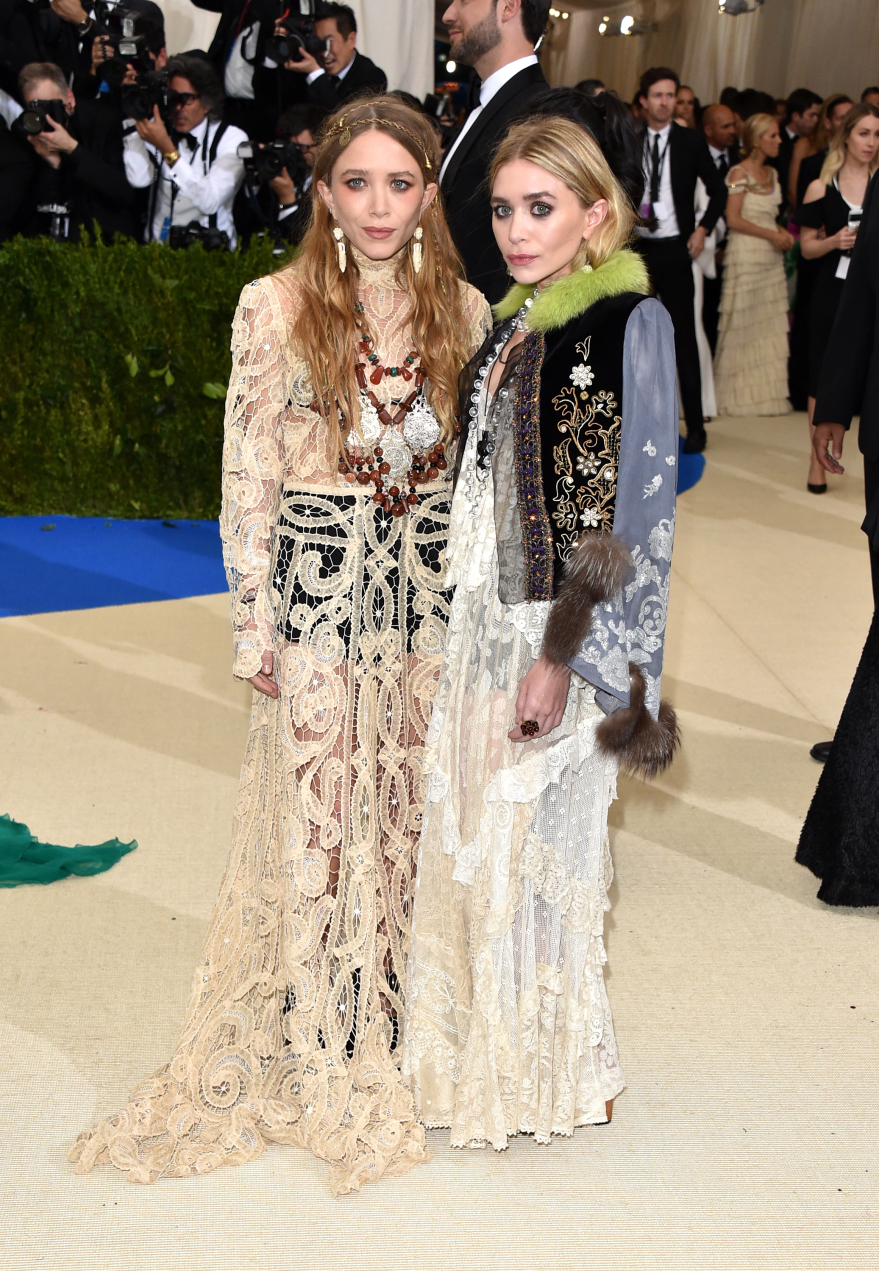 mary kate and ashley olsen the met gala 2019 man repeller
