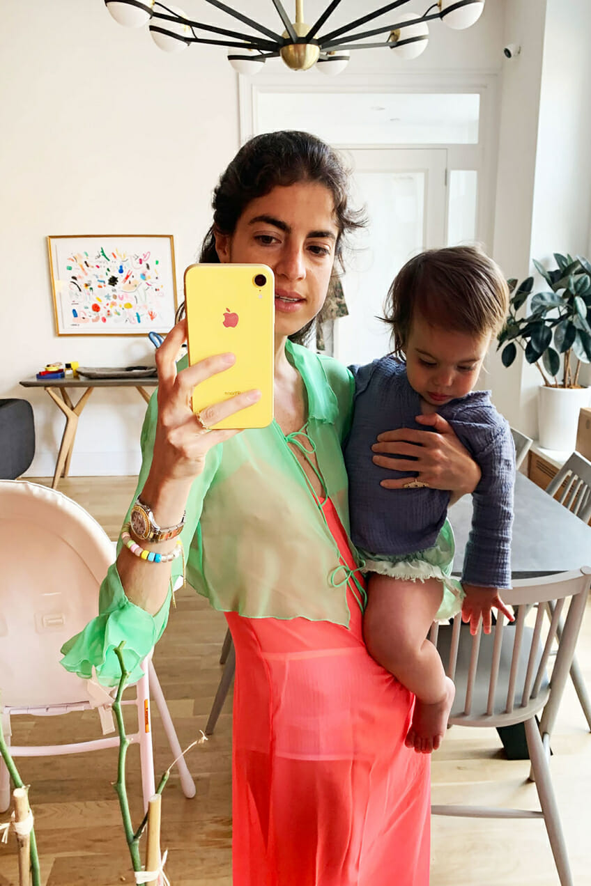 leandra medine cohen man repeller mirrors selfie style outfits