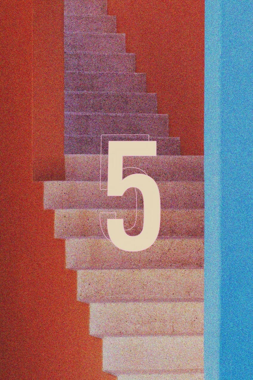 5 and stairs graphic
