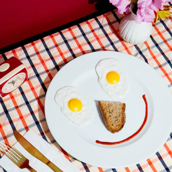breakfast man repeller
