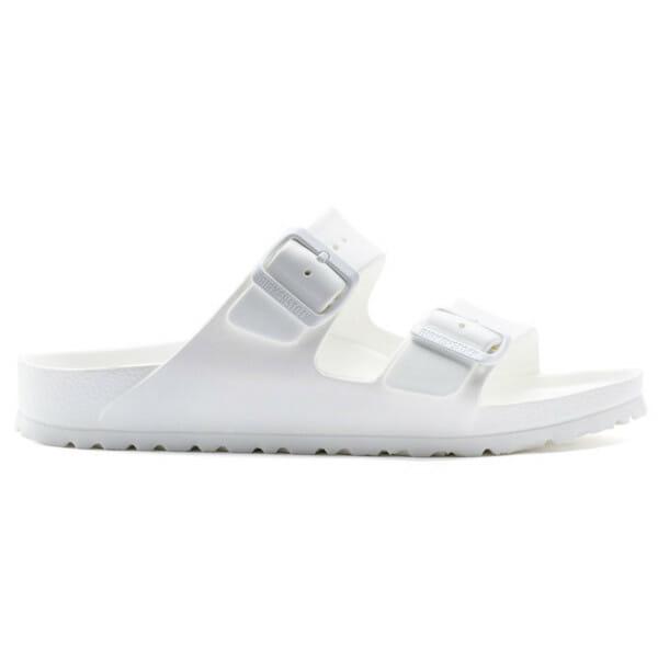8 Super-Comfortable Sandals to Rest